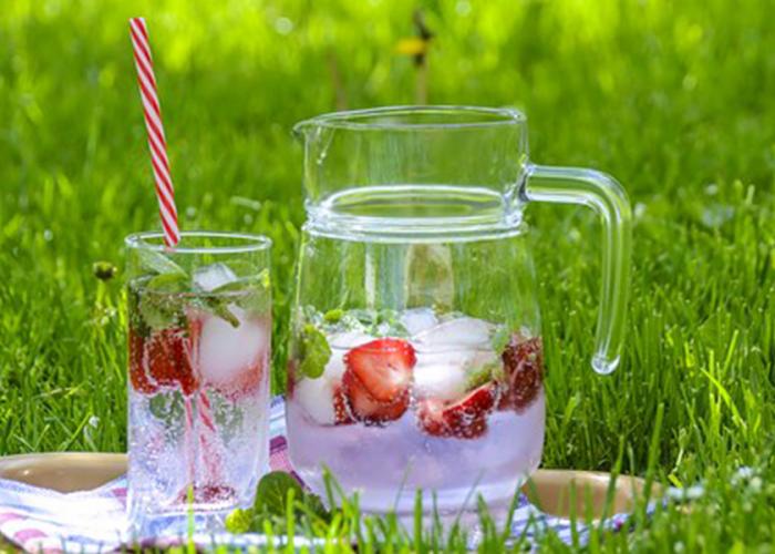 strawberry-ice-tea